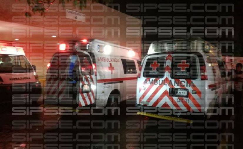 Paramédicos y elementos de seguridad acudieron al llamado y trasladaron a la mujer al hospital del Instituto Mexicano del Seguro Social (IMSS), ubicado en avenida Cobá. (SIPSE)