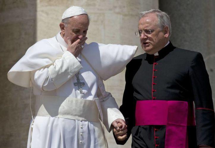 El Papa sostuvo que los cristianos anuncian el evangelio más con su testimonio que con las palabras. (Agencias)