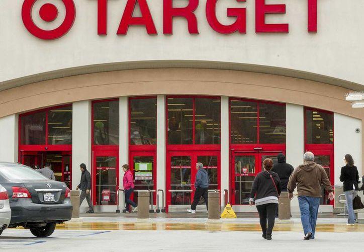 Target perdió la confianza de sus clientes con el robo masivo de sus datos, pero diseñó estrategias para recuperarlos paulatinamente. (AP/Archivo)