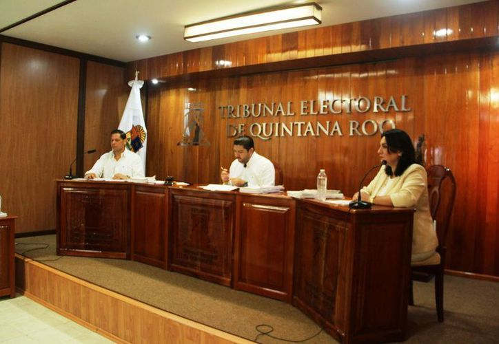 El Teqroo incluyó en su presupuesto cargos que están fuera de la ley. (Eddy Bonilla/SIPSE)