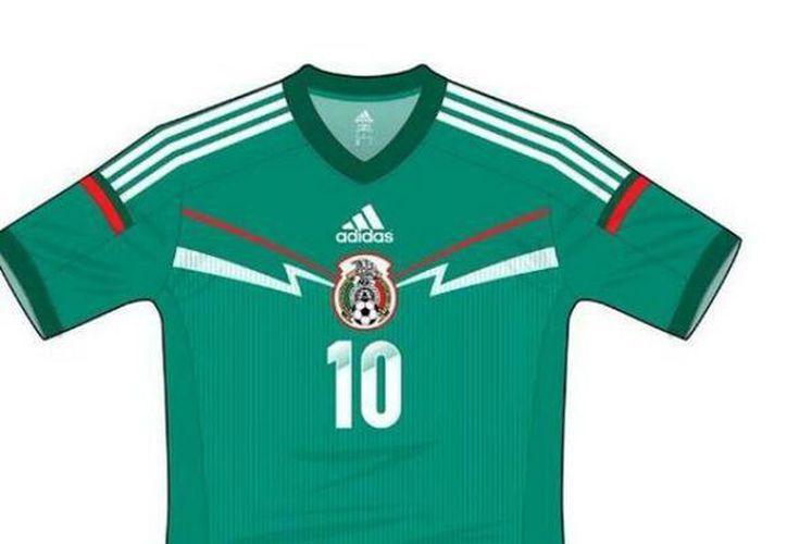 feba461615130 Filtran jersey verde de la Selección Mexicana rumbo a Brasil 2014 ...