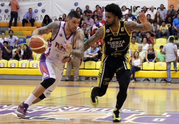 Se enfrentarán en la duela del gimnasio Nuevo León Unido. (Ángel Mazariego/SIPSE)