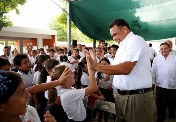 El mandatario estatal Rolando Zapata Bello estará este martes en Teabo para la entrega de obras de varios programas públicos. (Archivo/ SIPSE)