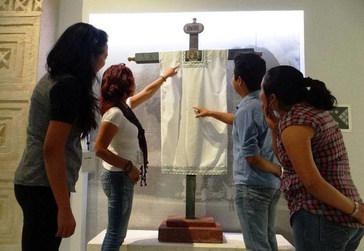 La celebración a la Santa Cruz ocupa un espacio principal en el Gran Museo. (Milenio Novedades)