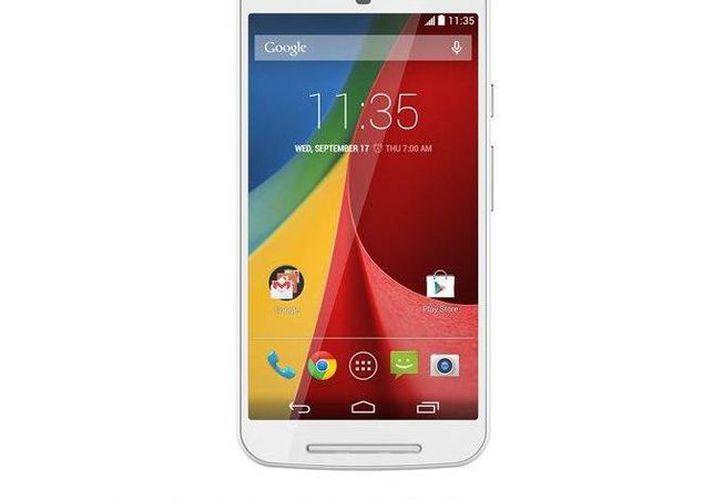 El Moto G de Motorola es un dispositivo que adquieren las personas que quieren un buen teléfono celular y no pagar tanto. (Agencias)
