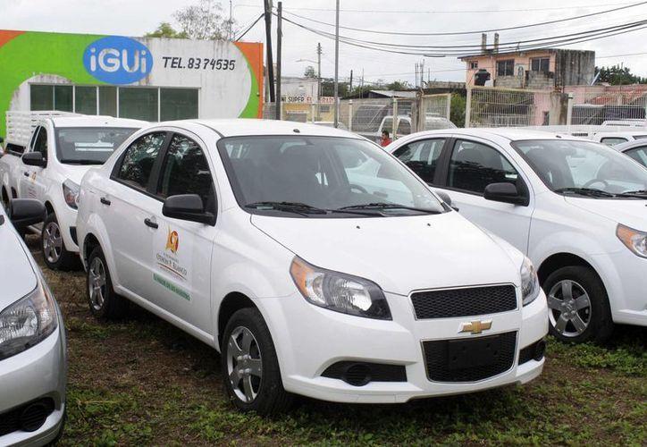 Un total de 100 unidades vehiculares fueron adquiridas en arrendamiento. (Harold Alcocer/SIPSE)