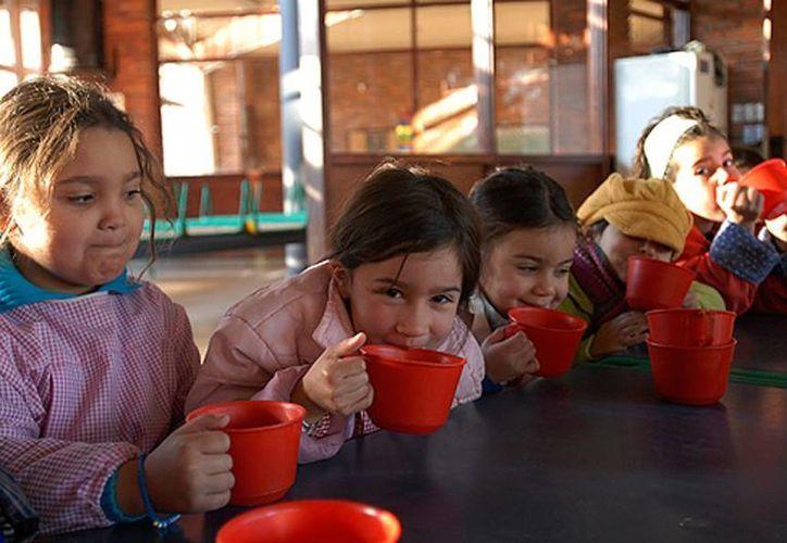 El objetivo es proteger la salud de la población infantil y adolescente. (bancomundial.org)