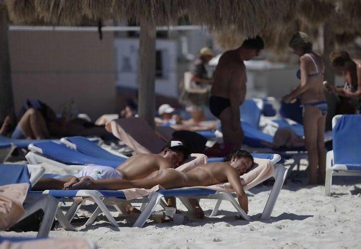 Prevén que en noviembre Cancún y Puerto Morelos continuarán paulatinamente con el aumento en sus niveles de ocupación. (Redacción/SIPSE)