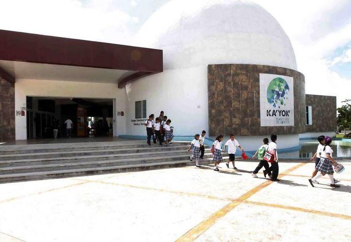 El Planetario de Cancún recibió durante este ciclo escolar a más de 10 estudiantes. (Cortesía)