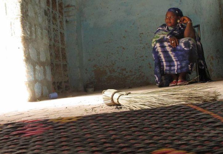 Salaka Djicke, de 24 años, narrar el horror que tuvo que soportar durante los 10 meses de gobierno islamista en Timbuctú, Malí. (Agencias)