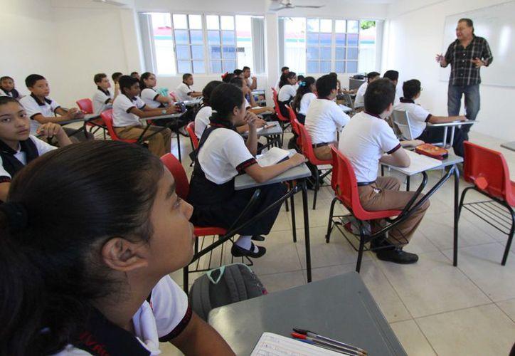Los clubes también llegarán a preescolar y primaria. (Gustavo Villegas/ SIPSE)