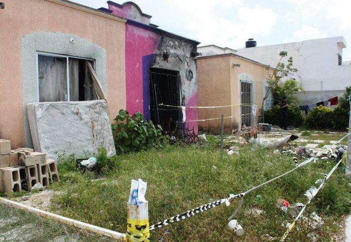 Las seis viviendas afectadas por la explosión de tanques de gas en diciembre pasado, serán demolidas. (Daniel Pacheco/SIPSE)