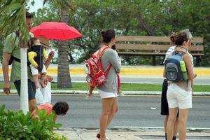 El mal tiempo deja sin actividades a los turistas