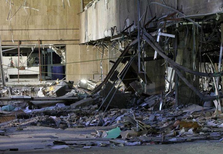 Aspecto del edificio B2 de la Torre de Pemex, donde ocurrió la explosión. (Notimex)