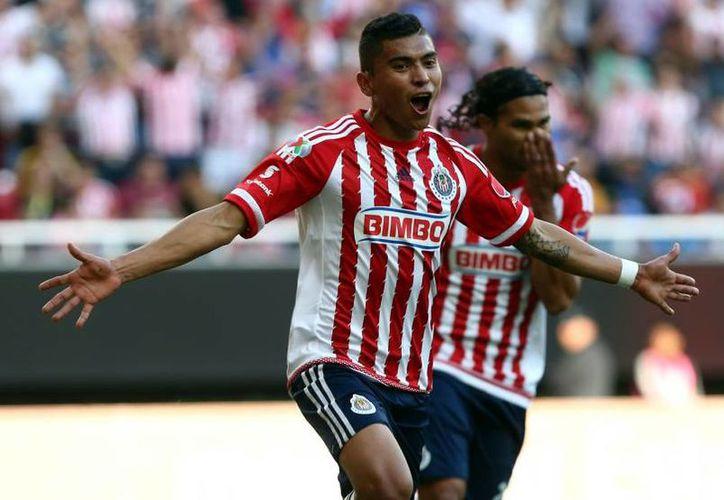 Orbelín Pineda, es uno de los jugadores más consistentes de las Chivas, en el actual torneo de la Liga MX.(Notimex)