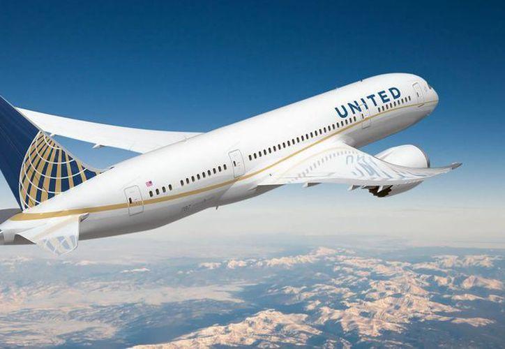 El avión tenía que aterrizar en el hangar Signature de Newark Liberty Internacional Airport. (Redacción/SIPSE)
