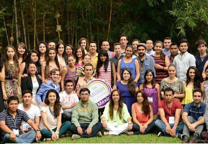 """""""Un Millón de Jóvenes"""" organiza diversos eventos como entrevistas con funcionarios, foros y dos debates. (Milenio Novedades)"""
