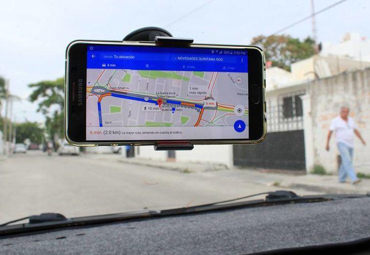 La mayoría de los usuarios de Google Maps son jóvenes de 16 a 24 años, de acuerdo con Punto México Conectado. (Jesús Tijerina/SIPSE)