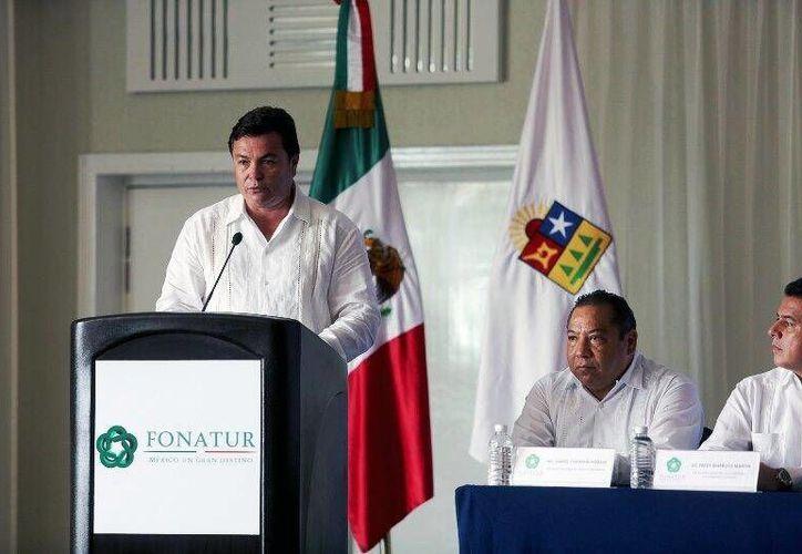 Juan Carlos González Hernández durante su presentación como nuevo delegado del Fonatur. (Cortesía/SIPSE)