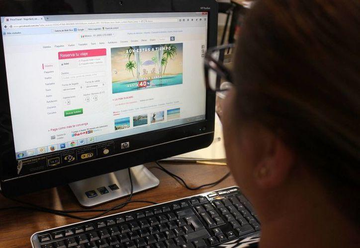 En Yucatán casi 800 mil personas son usuarias de internet. (SIPSE/Archivo)