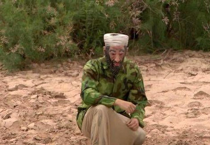 James O'Keefe, disfrazado de Osama Bin Laden, cruzó la frontera desde México a Estados Unidos en agosto. (EFE)