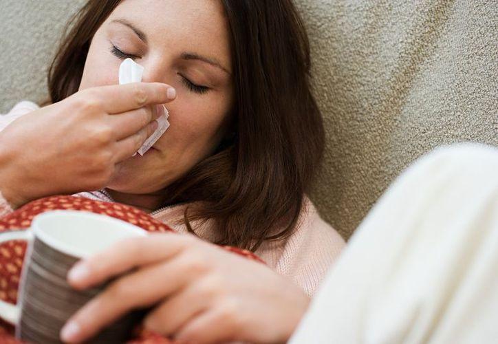 Una persona se enferma 10 veces al año y sólo en dos o tres ocasiones requerirá antibiótico. (canalsonora.com)