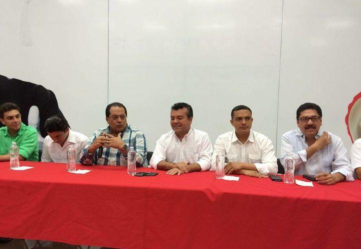 El equipo de Mauricio Góngora lo declaran vencedor en las elecciones. (Redacción/SIPSE)