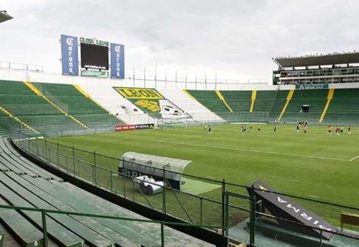 Por ahora está suspendida provisionalmente la venta de boletos en el Estadio León. (La Afición.com)