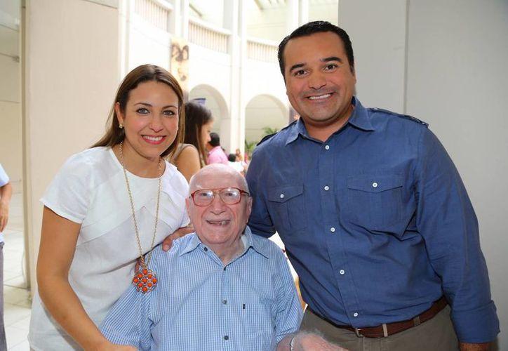 Renán Barrera Concha y su esposa Diana Castillo Laviada siempre estuvieron atentos y muy cercanos al empresario Carlos Renán Ávila Gutiérrez. (Cortesía)