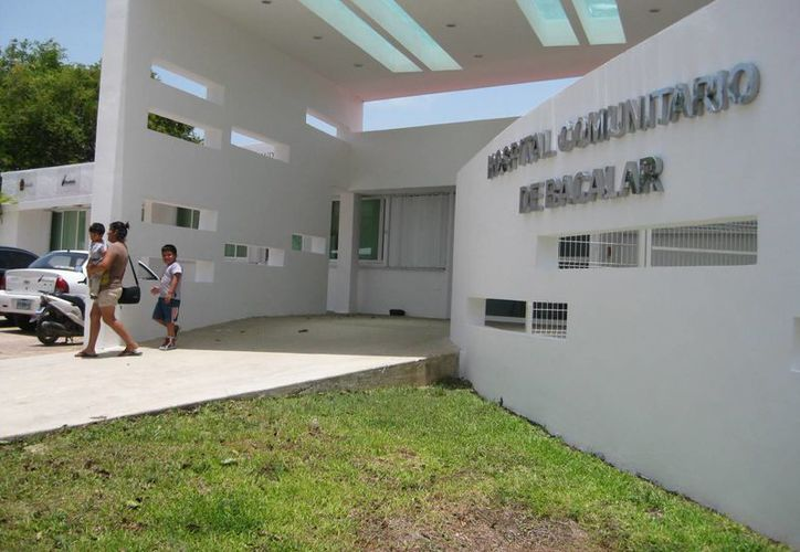 La clínica comunitaria brinda atención médica especializada a derechohabientes de 57 poblados rurales y 11 mil de la ciudad. (Javier Ortiz/SIPSE)