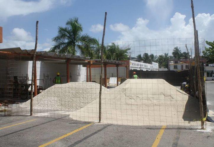 Las obras deberan ser entregadas antes de que finalice la actual administración, el 30 de septiembre. (Harold Alcocer/SIPSE)