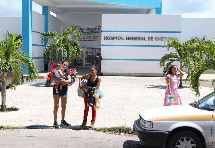 El comité nacional induce a la capacitación en materia de vigilancia al personal médico de las unidades del sector salud. (Joel Zamora/SIPSE)