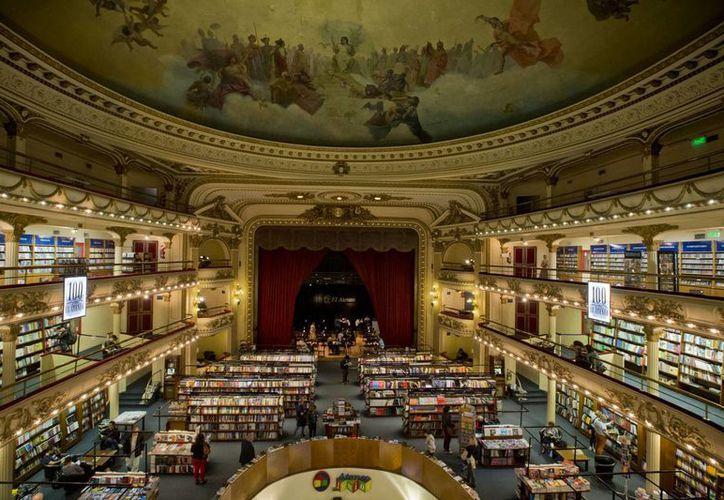 Buenos Aires cuenta con el mejor promedio mundial en cuanto a número de librerías por habitante. En la foto, el Ateneo Gran Splendid. (Foto: AP)