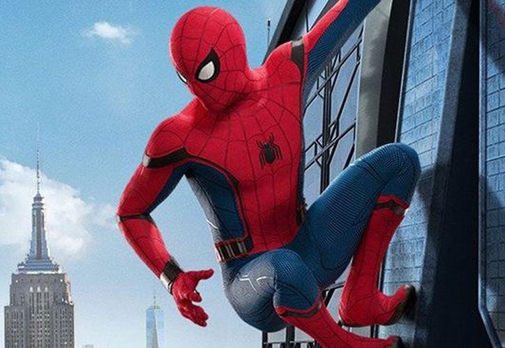 El avance se centra mucho en la tensión entre Peter Parker y Tony Stark,. (Comic.com)
