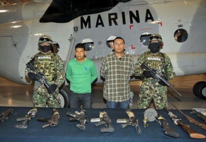 """El 11 de noviembre la Semar aseguró a dos """"zetas"""" en Saltillo, Coahuila. (Archivo Notimex)"""