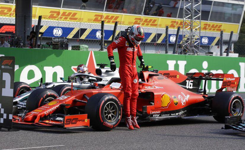 Charles Leclerc va por su segunda victoria consecutiva en F1 (AP)