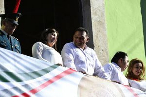 El desfile 'revolucionario' en Mérida