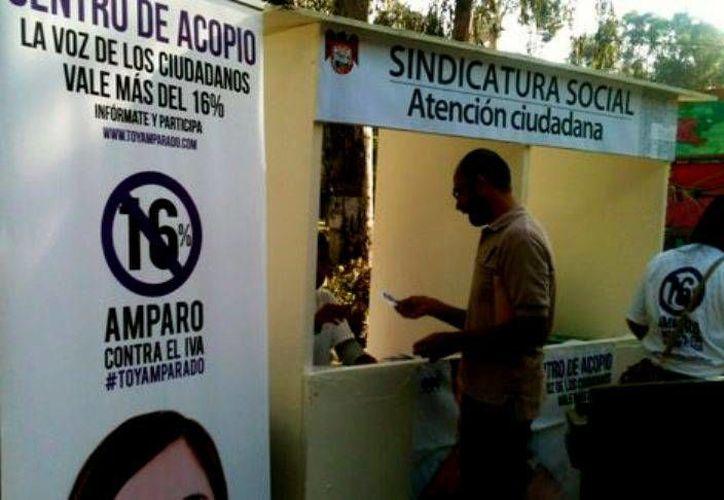 A 15 días de que termine el proceso de recabación de firmas buscarán instalar más módulos en comunidades marginadas de Tijuana. (Krystel Gómez/MILENIO)