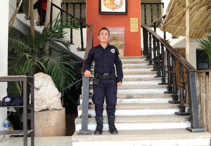 Son 30 mujeres aproximadamente que trabajan como elementos de la policía en el municipio. (Jesús Caamal/SIPSE)