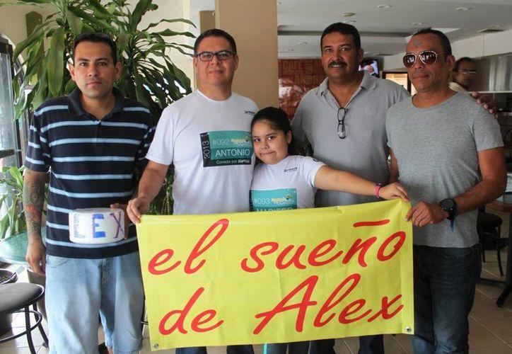 Un DJ y un grupo de rock tocarán; y un padre con su hija correrán en apoyo a Alex. (Daniel Pacheco/SIPSE)