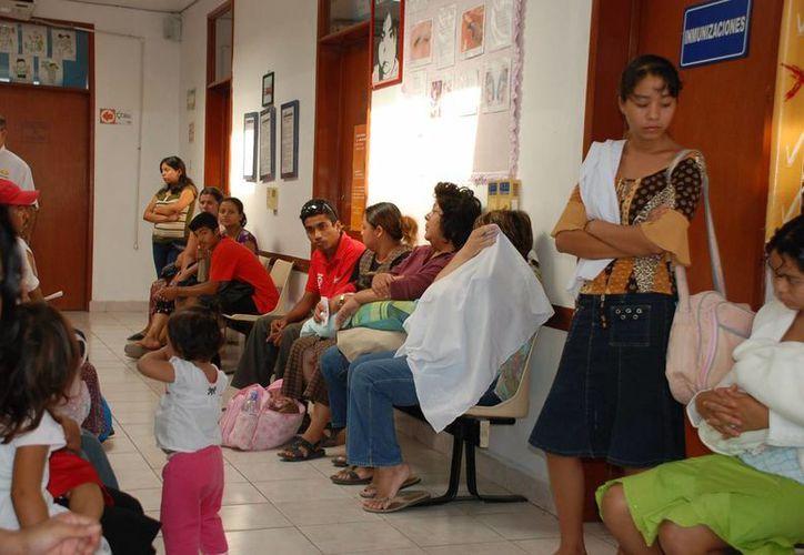 Cuando un pequeño necesita atención mayor, es canalizado a ciudades de Mérida, Cancún o Playa del Carmen. (Harold Alcocer/SIPSE)