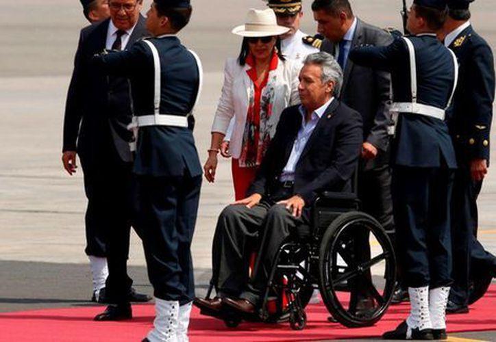 El presidente de Ecuador, Lenín Moreno, a su llegada a Lima para participar en la Cumbre de las Américas. (Foto: AFP)