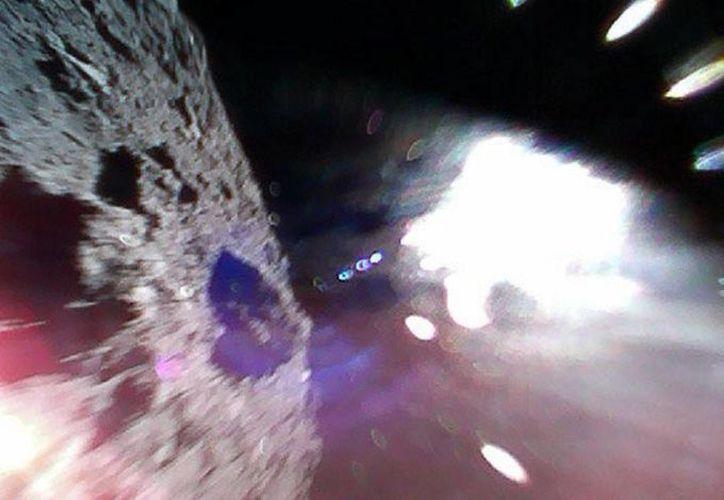 Fotografía tomada durante uno de los saltos del 'Minerva 2' (Foto: JAXA)