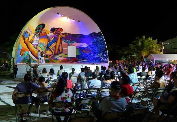 La información se ofreció durante el reciente quinto Festival del Tiburón Ballena. (Redacción/SIPSE)