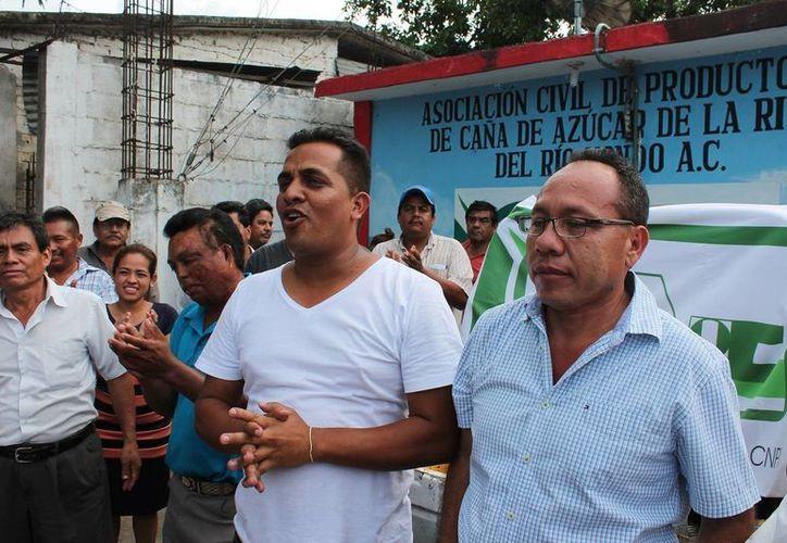 Gutiérrez Reyes fue declarado ganador de la contienda por el delegado nacional, Salvador Morales Núñez en la tarde de ayer domingo. (Edgardo Rodríguez/SIPSE)