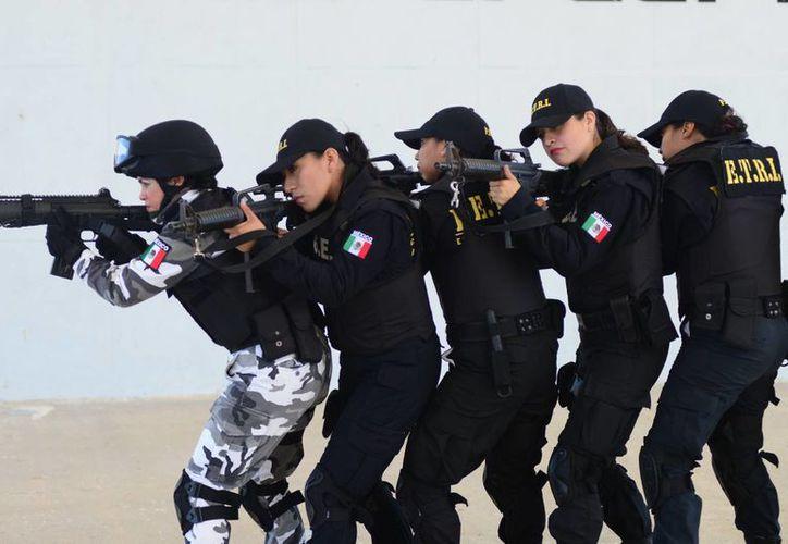 Cada vez hay mayor presencia femenina en la Policía Ministerial. (Milenio Novedades)