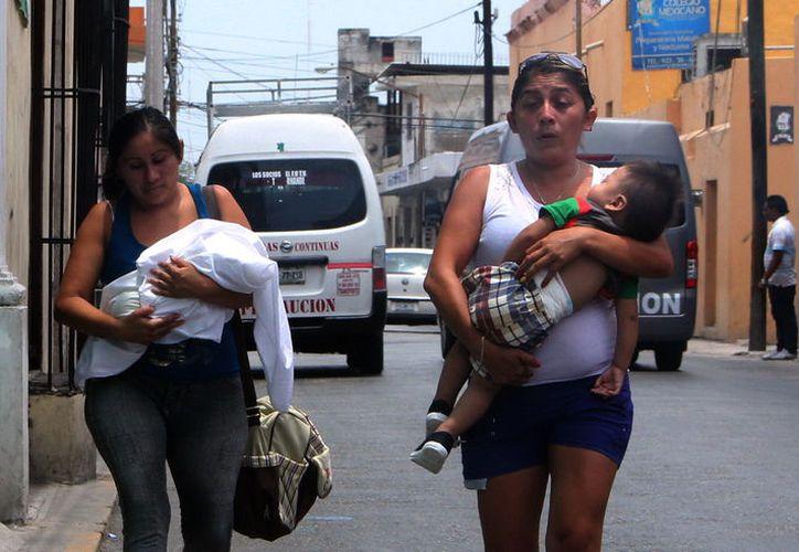 La leche materna tiene múltiples beneficios para los bebés. (Foto: Milenio Novedades)
