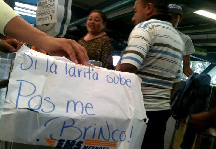 El jefe de gobierno del Distrito Federal aseguró que no restará valor a la manifestación ciudadana por el aumento en la tarifa del Metro. (Notimex/Archivo)
