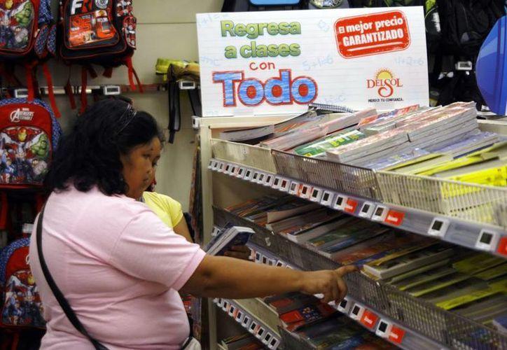 La Canaco Mérida recomienda comprar los útiles en los negocios establecidos. (SIPSE)