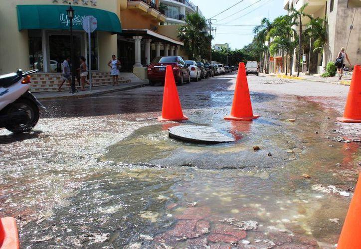 Al lugar, ni la autoridad municipal se presentó para buscar una solución. (Octavio Martínez/ SIPSE)